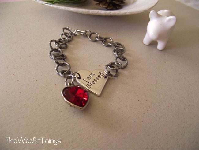 Chain Bracelet with two heart charms