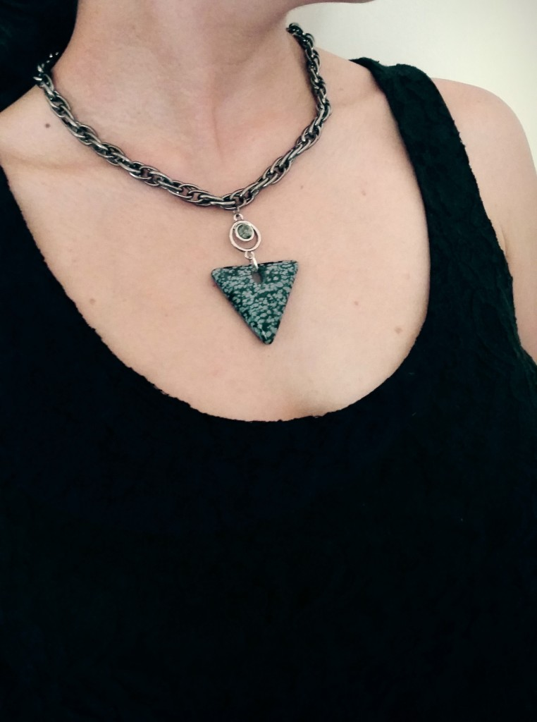 Inverted Triangle Chain Necklace II